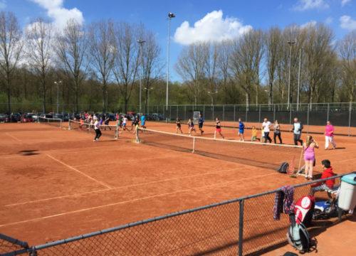 warming-up tennis